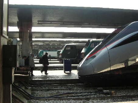 ヴェネチア駅内2
