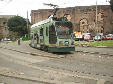 ローマ市電