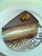 ププリエプラリネのチョコレートケーキ