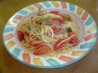 パスタランテフレッシュトマトのスパゲティ