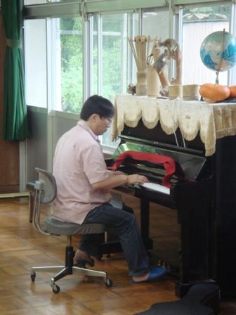 9-8.食後のピアノ