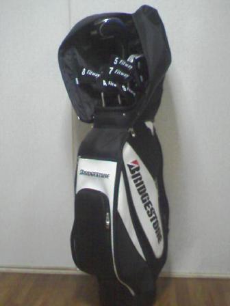 新しいゴルフバッグ