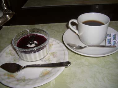 豆乳と牛乳のパンナコッタ&コーヒー
