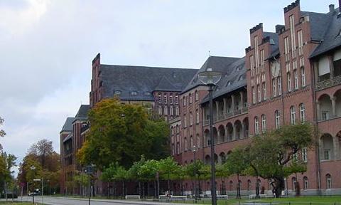 フンボルト大学校舎