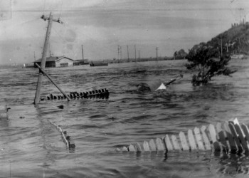 チリ地震津波 八戸市 浸水