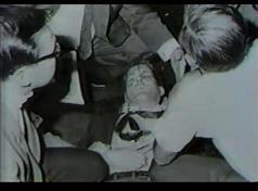 RFK 凶弾に倒れる う
