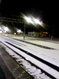 雪。敦賀駅090115_1925~001