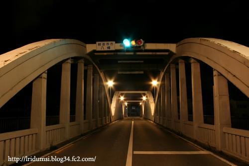 真夜中の橋