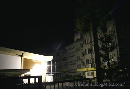 夜中の校舎