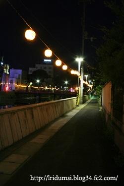 夜の路地 01