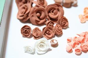 粘土でバラ2