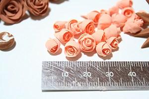 粘土でバラ3