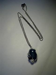 青緑ラウンド石ワイヤネックレス