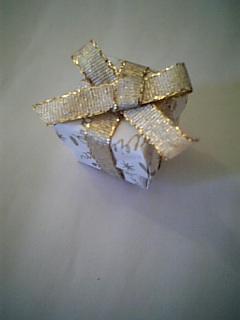 ラッピング 折り紙ボックスwithリボン