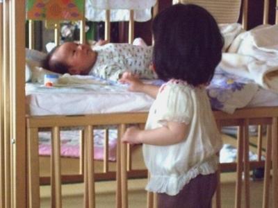s-赤ちゃんを見るアン子