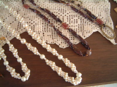 Beads-R02.jpg