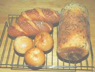 ゴマベーグルとチョコマーブルパン、フランスパンもどき