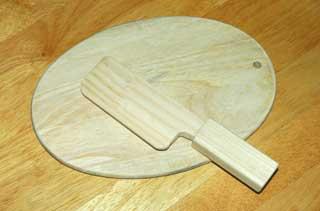 木の包丁とまな板
