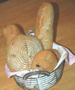 ルバーブジャム酵母のパン