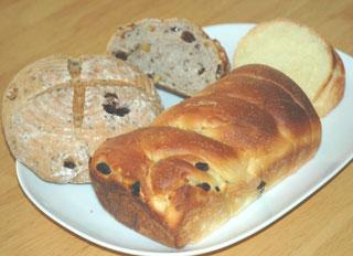 ルバーブ酵母のパンとチョコなしパン