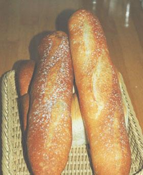 フランスパンと山食
