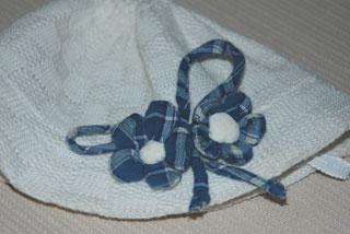布の花コサージュ