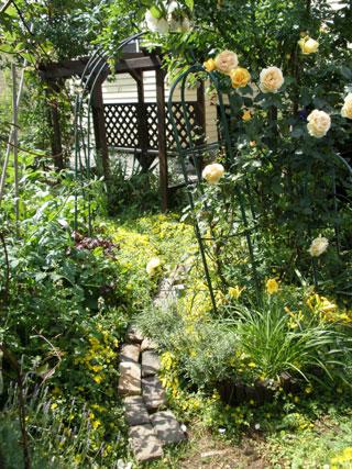 庭のレンガ