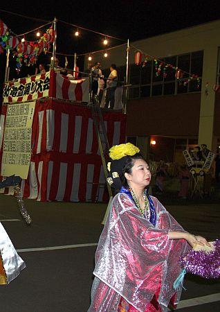 IMG_8923北竜盆踊りで真知子さんが踊ってましたッ♪2009.8.25(火)