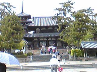 法隆寺、入りました。