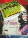 マレーシア土産のCD2枚