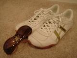 靴とサングラス