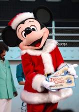 2008クリスマスオーバー・ミッキー02