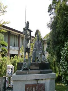 闘鶏神社5