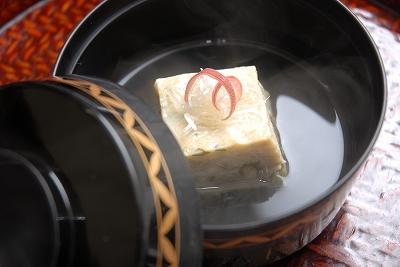 冬の煮物椀、牡蠣真蒸