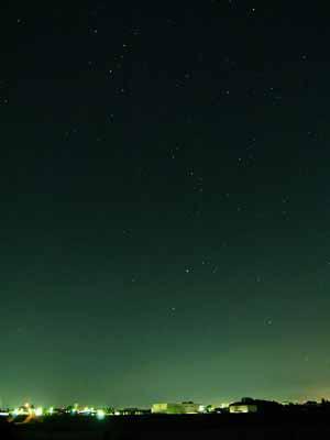 夏の北東の空夜