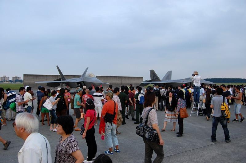 F-22_7.jpg