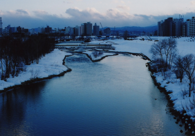 river in winter2