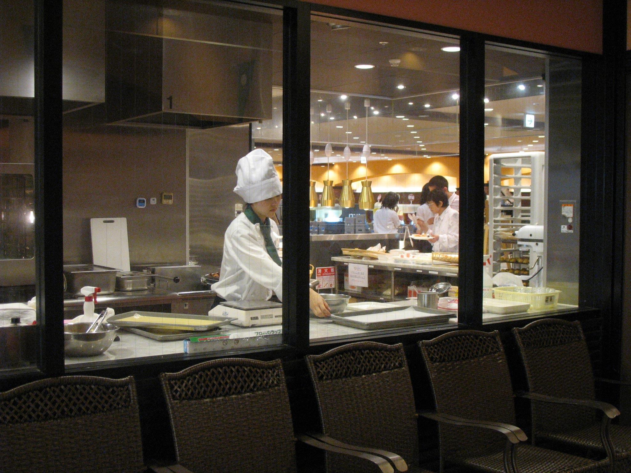 神戸六甲のあるレストランのコックさん