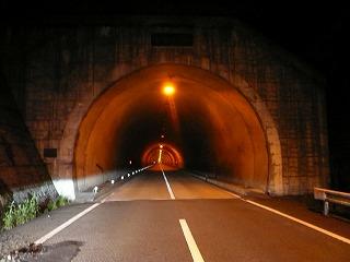 幽霊トンネル
