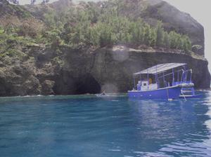 天の浦船海食洞