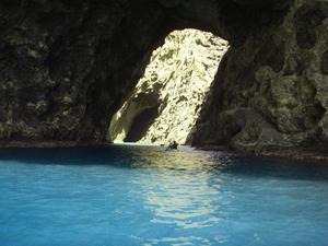 大海蝕洞naito