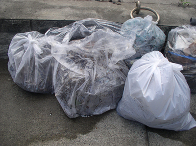 ゴミ袋3袋