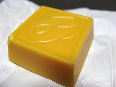 08.04.25 チロルチョコレート ポンジュース (5)