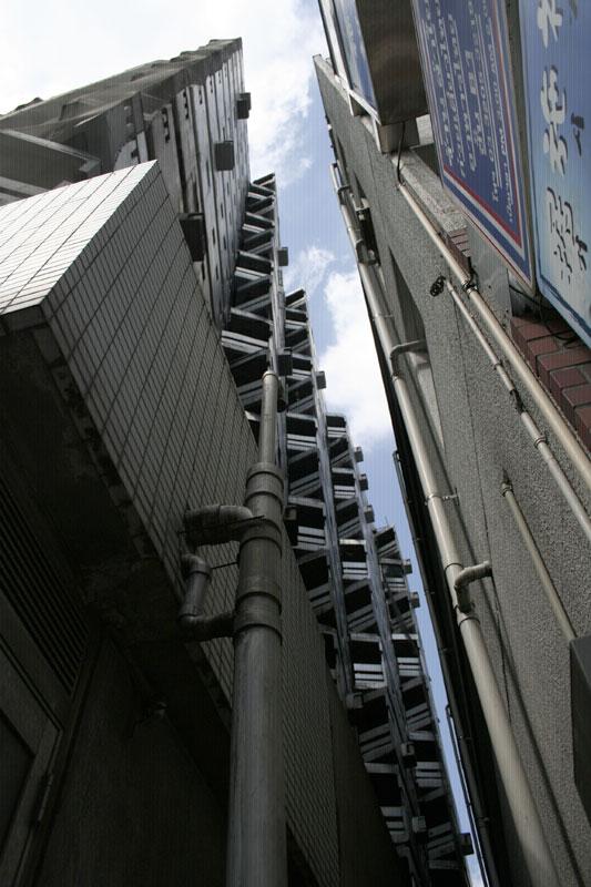 軍艦マンション05