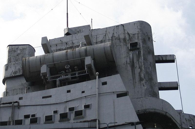 軍艦マンション04