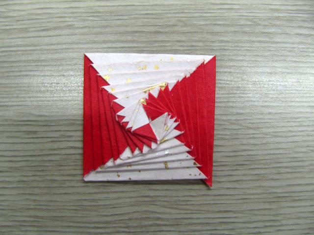 ハート 折り紙:折り紙三角錐作り方-divulgando.net