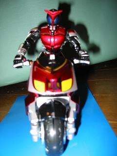 装着変身カブトとバイク