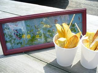 押し花とさつま芋スティック