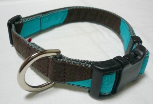 茶色&みずいろ柄の首輪