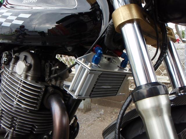 oil cooler。